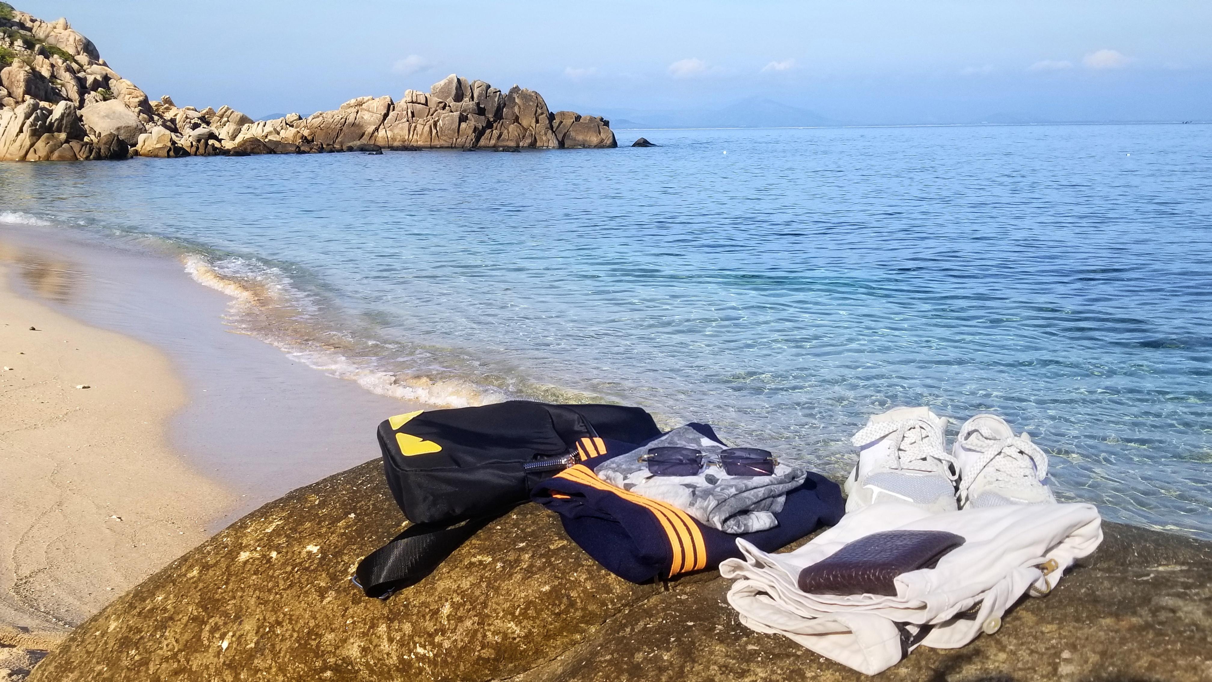 Bãi Nam Cù Lao Xanh bãi biển đẹp vắng lặng