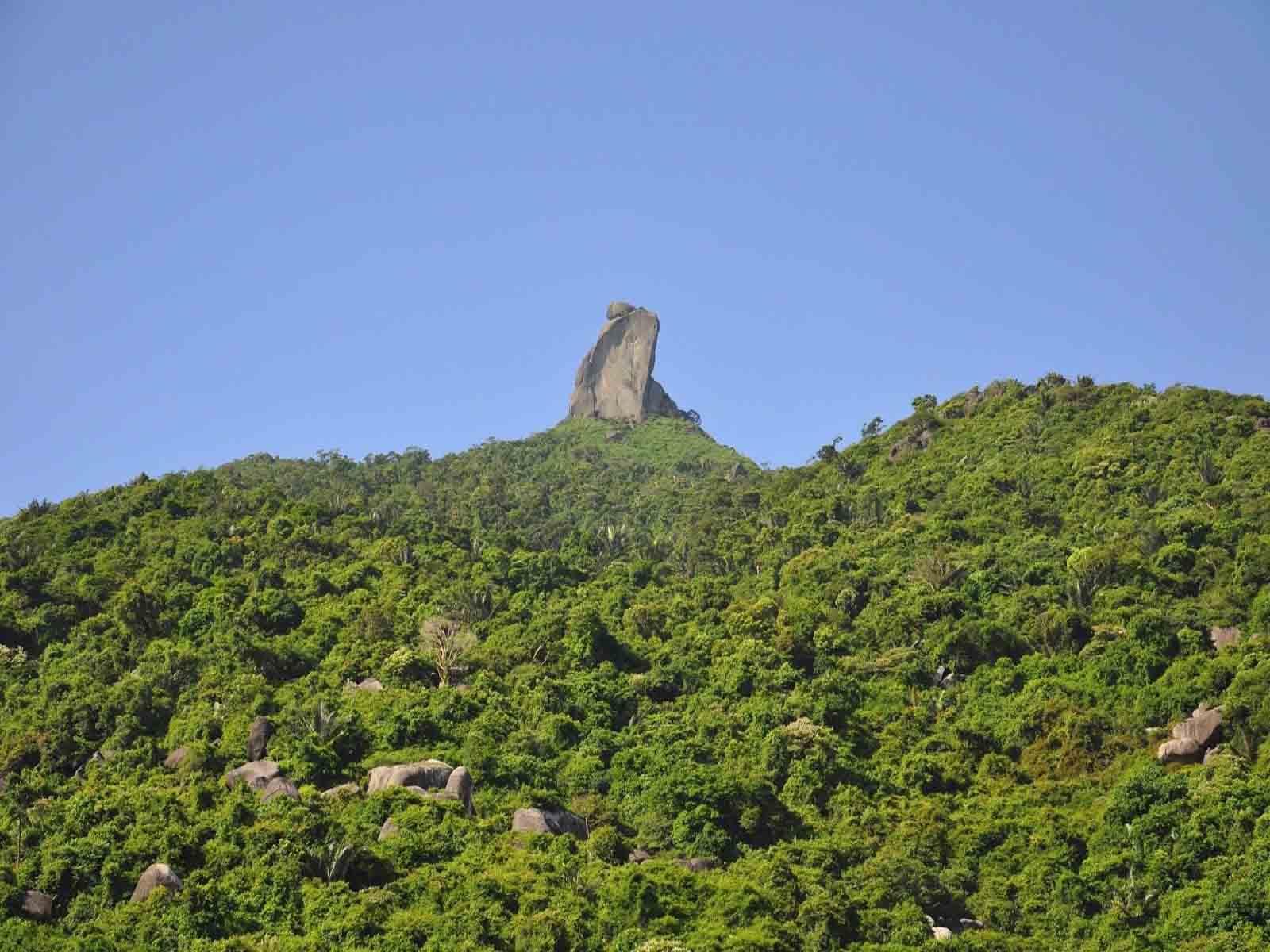 Hòn Vọng Phu địa điểm du lịch Quy Nhơn