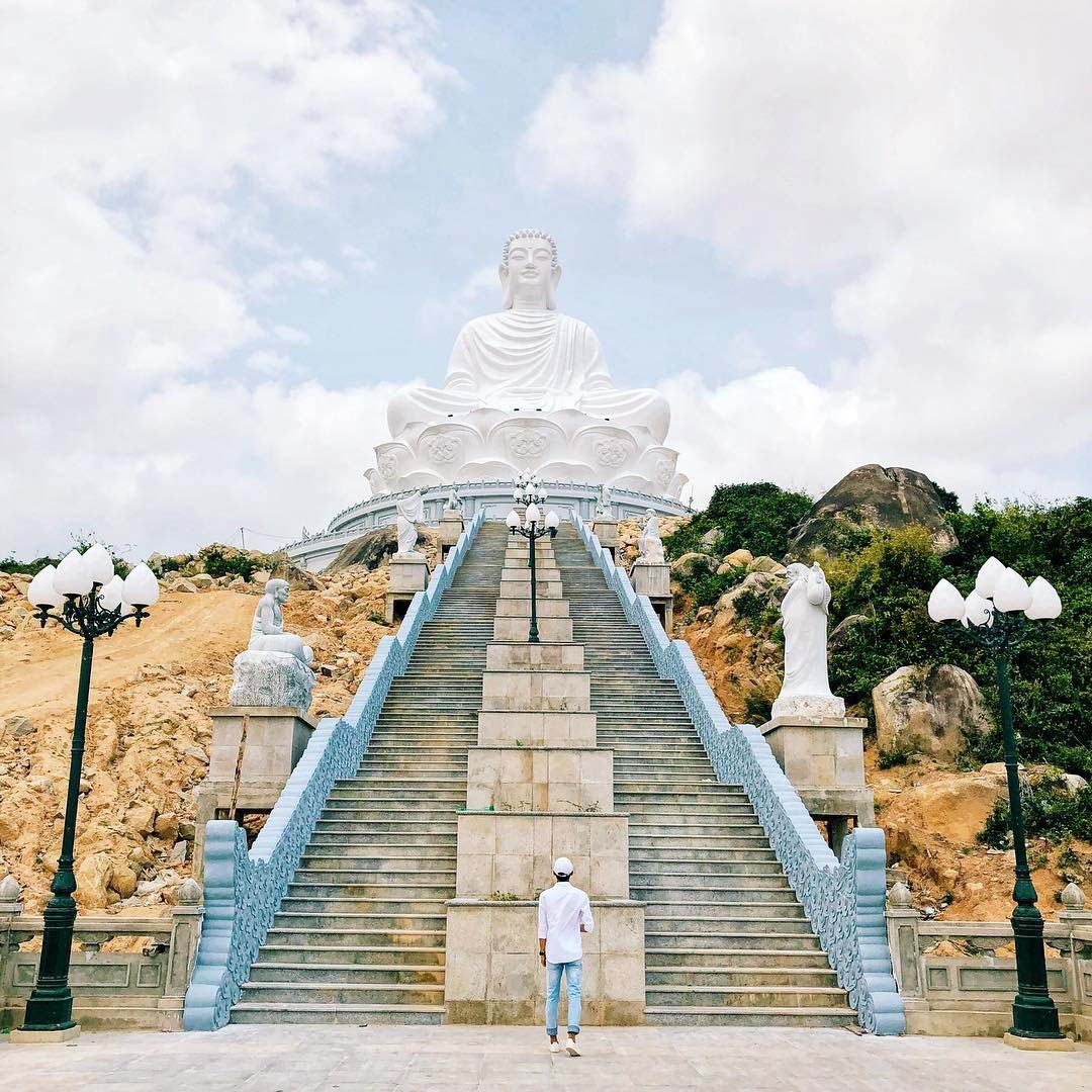 du lịch quy nhơn hình ảnh chùa ông núi