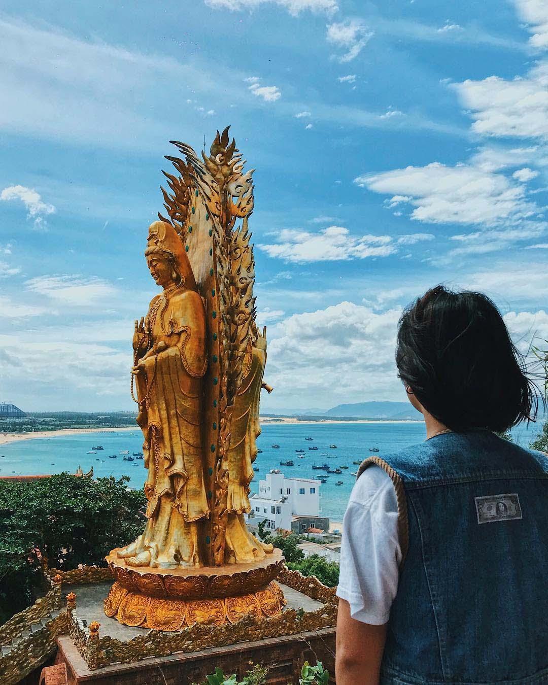 du lịch quy nhơn hình ảnh tịnh xá Ngọc Hòa